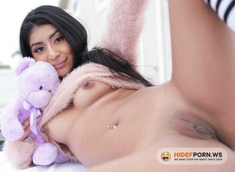 ExxxtraSmall - Binky Beaz - Teddy [SD 400p]