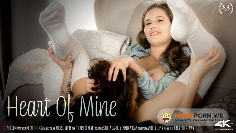 SexArt - Emylia Argan, Stella Cardo - Heart Of Mine [FullHD 1080p]