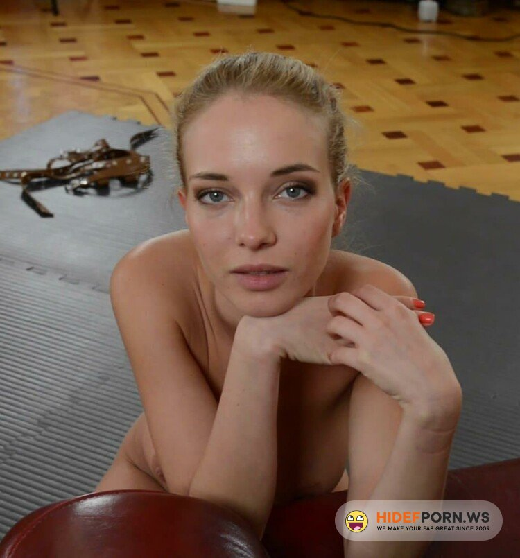 Feetspace Foot Fetish - Danica - Amazing girl with tied hands does a blowjob [FullHD 1080p]