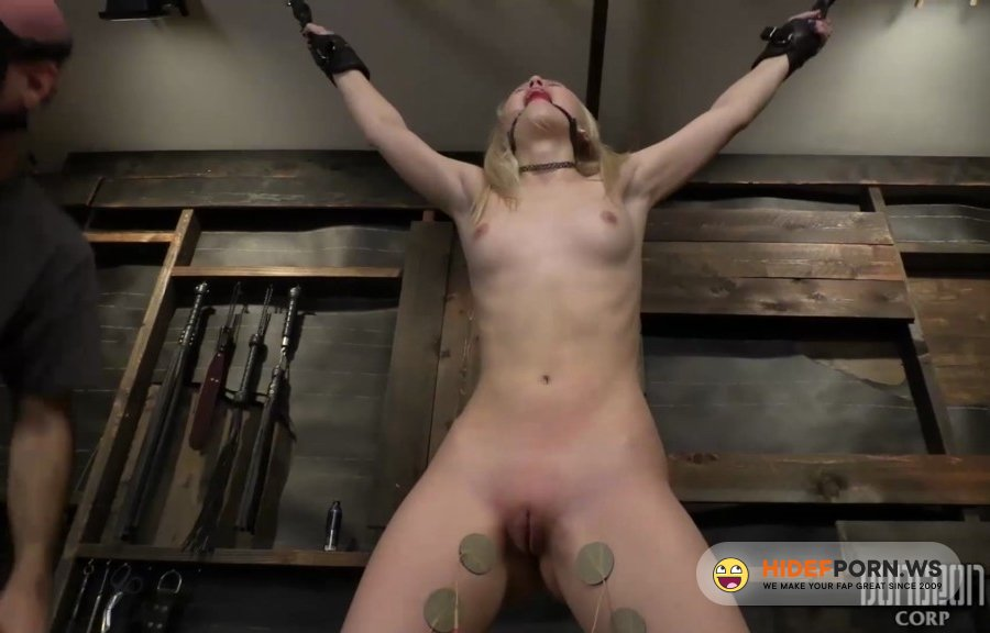 DungeonCorp - Lily Rader - Masochistic Babe Having A Brutal Bdsm Session [2020/FullHD]