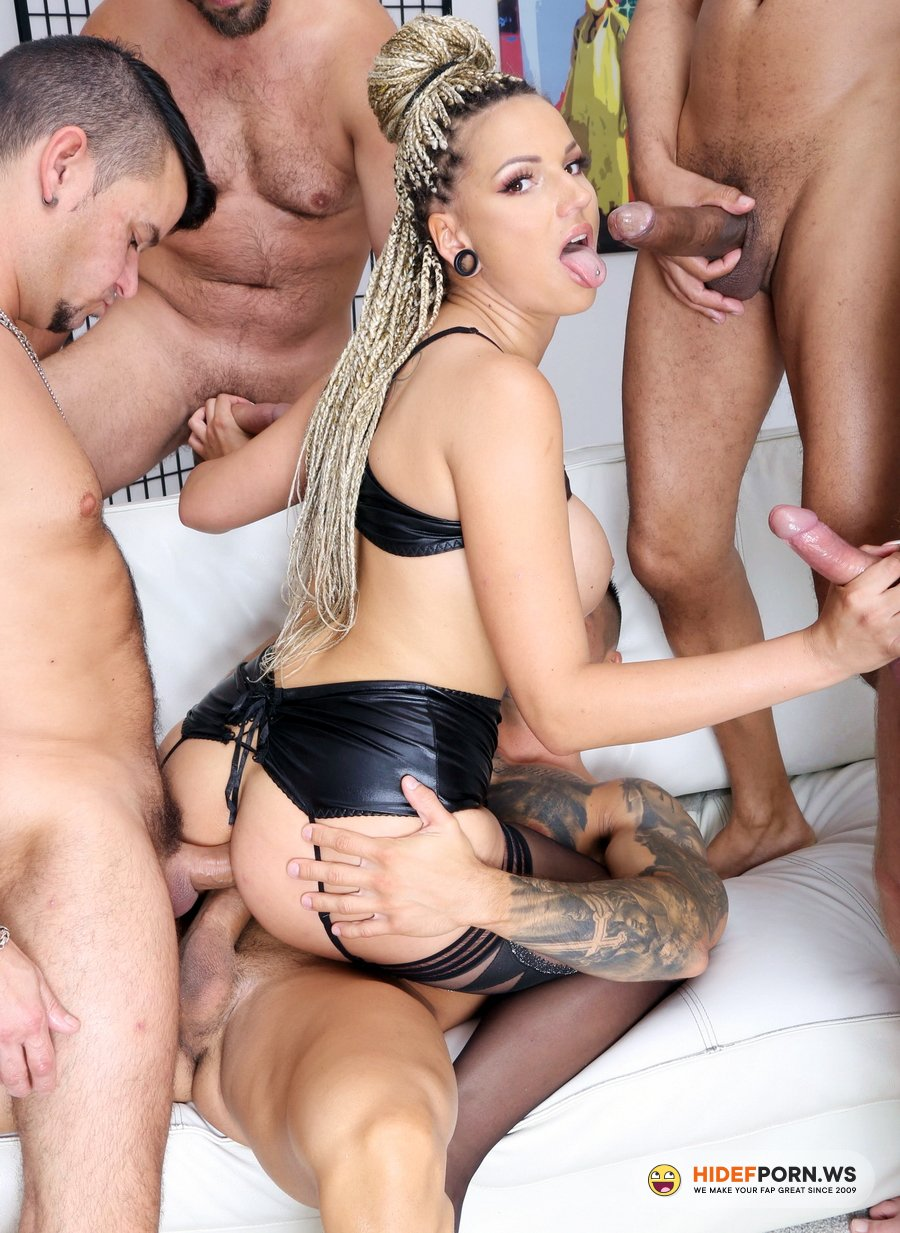 LegalPorno.com - Jolee Love - Piss And Gape, Jolee Love 5 On 1 Balls Deep Anal, DAP, Pee Drink, Gapes And Facial GIO1480 [HD 720p]