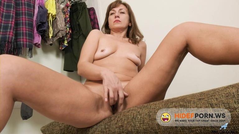 Anilos - Rafaella - Give Me More [2020/FullHD]