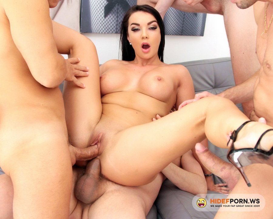 LegalPorno.com - Lady Gang - Lady Gang First Time DAP With Piss Drinking SZ2478 [HD 720p]