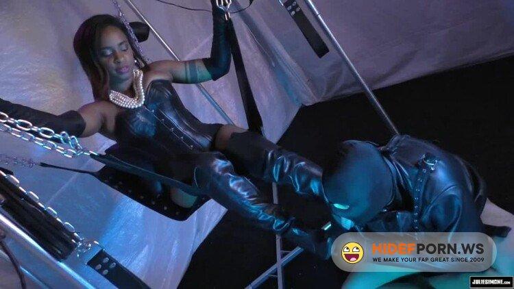 JulieSimonesFetishMegaStore - Klara Manson - Lick My Leather Boots Bitchboy [HD 720p]