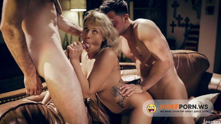 PureTaboo.com - Zoey Monroe - Middle Of Nowhere [FullHD 1080p]