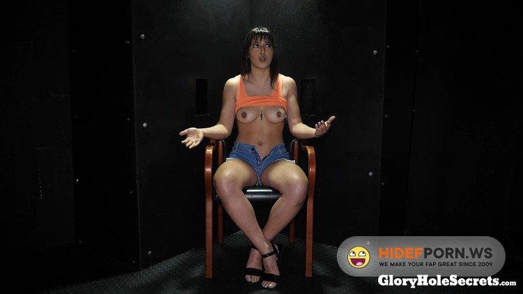 GloryHoleSecrets.com - Brooklyn Gray - Brooklyns First Gloryhole Video [FullHD 1080p]