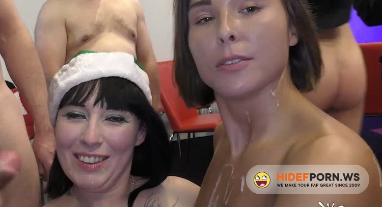 SplatBukkake.com/UKxxxPass.com - Jamie Rae, Sexy Cleo - Xmas bukkake 2017  Part 2 [HD 720p]