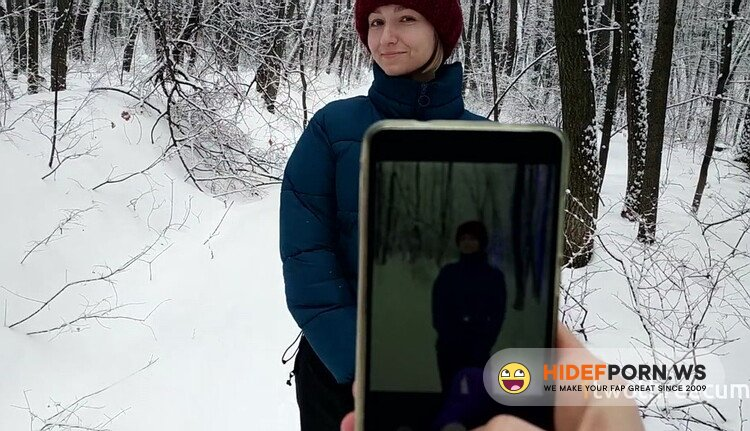 Chaturbate.com - 1twothreecum - Walk in Snowy Forest Turned into Choking on Hot Cum [FullHD 1080p]