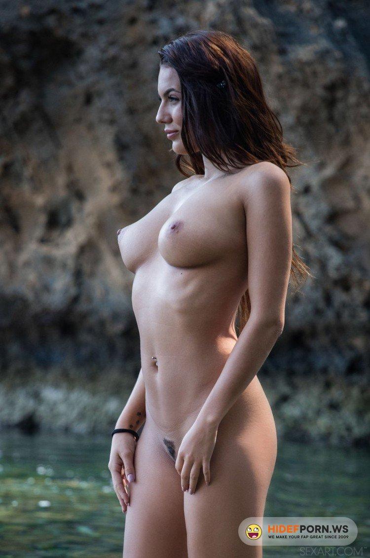 SexArt/MetArt - Nancy A, Vanessa Decker - Ocean Darling [HD 720p]
