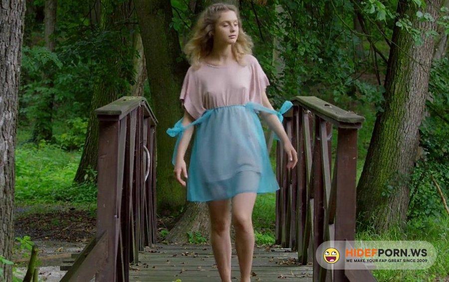 UltraFilms - Clarice - Fisherwoman Strips Naked Outdoors [2020/HD]