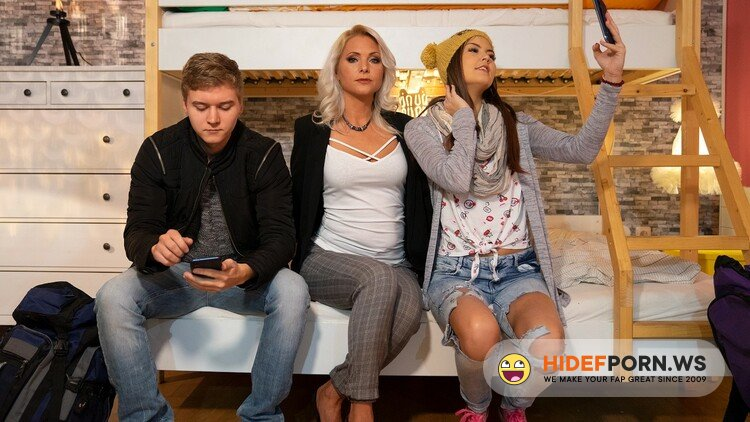 FakeHostel - Cindy Shine, Kathy Anderson - Let's Get Connected [FullHD 1080p]