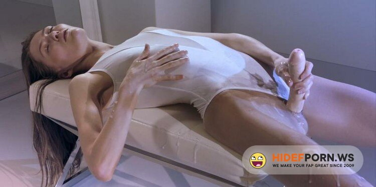 StraplessDildo.com - Mia Reese - Ballerina Mia Reeses Cock Really Cums [FullHD 1080p]