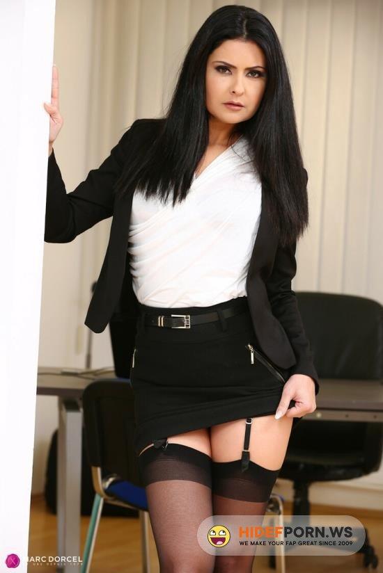 Drcel.com - Mariska - Sex In Office [FullHD 1080p]