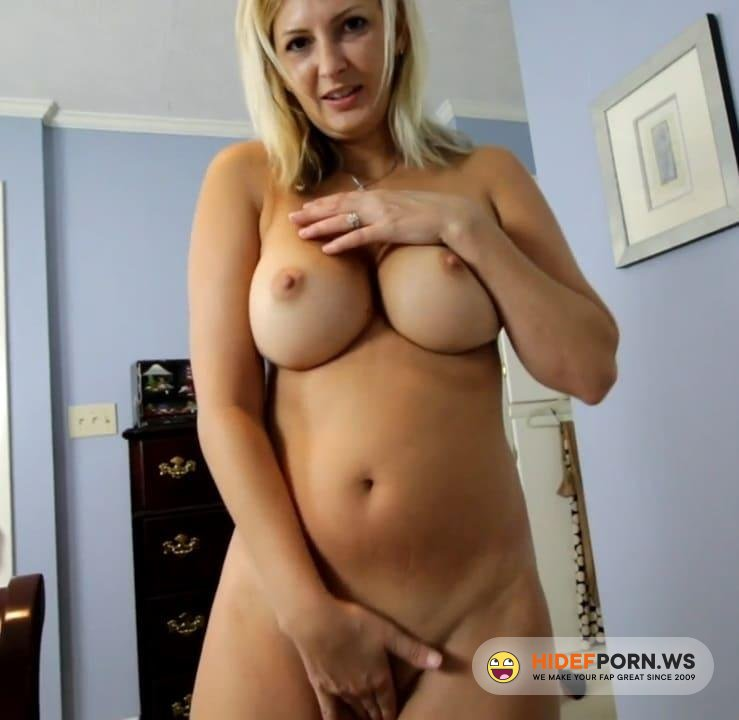 Amateurporn.com - Ashley Mason - StepMom Helping Jerking Cock [HD 720p]