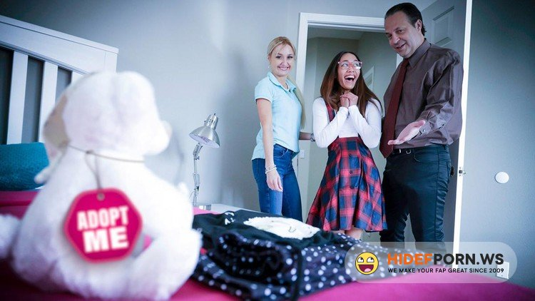 FosterTapes.com/TeamSkeet.com - Aria Skye, Misha Mynx - Asian Foster Daughter Trained To Serve [FullHD 1080p]