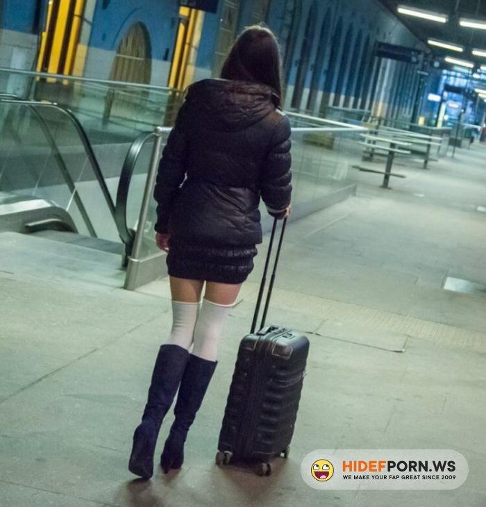 Private.com - Arwen Gold - Beautiful Russian TouristGirl Fuck [HD 720p]