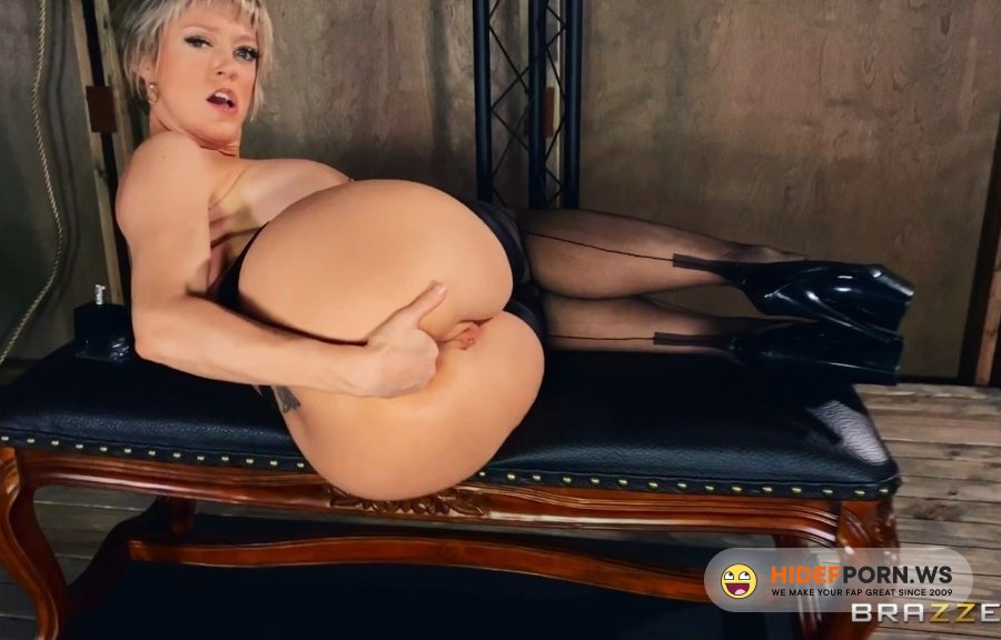 DayWithAPornstar - Dee Williams - Welcome To Dees Dungeon [2020/FullHD]