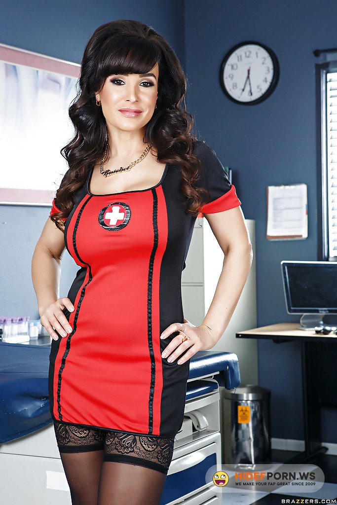 BigWetButts.com/Brazzers.com - Lisa Ann - Nurse Booty on Duty [FullHD 1080p]