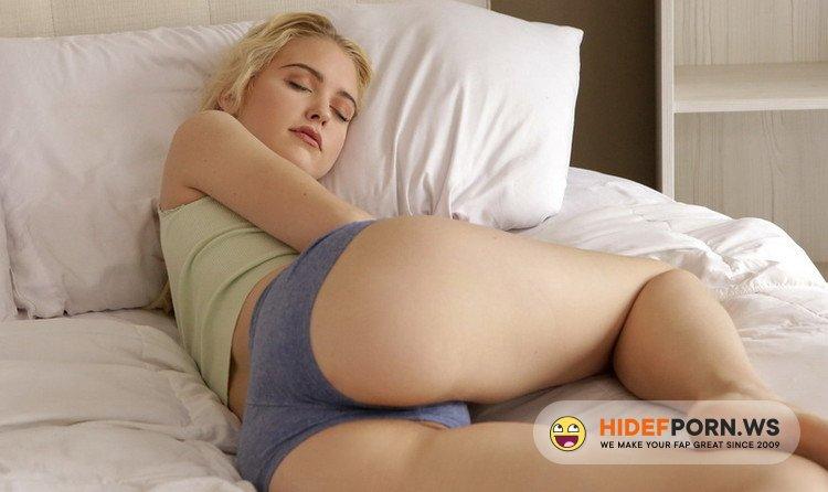 Nubiles-Porn.com/MyFamilyPies.com - Chloe Cherry, Dava Foxx - Fucking With Brother [FullHD 1080p]