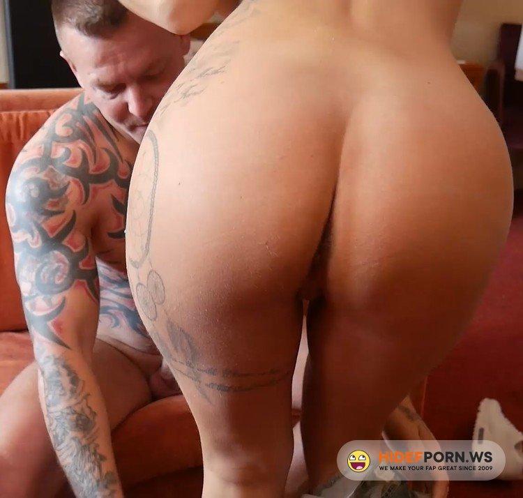 ManyVids.com - Roxi Keogh - Cheating on my Boyfriend [FullHD 1080p]