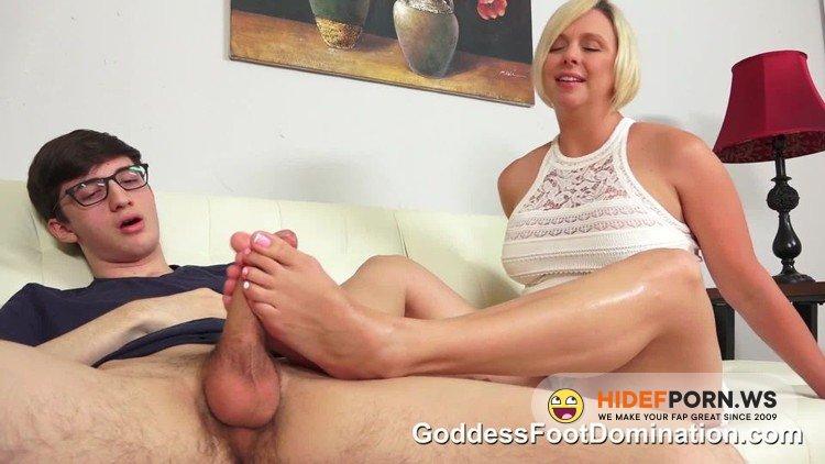 ShareButtonGoddessFootDomination - Goddess Brianna - Mothers Needs [FullHD 1080p]