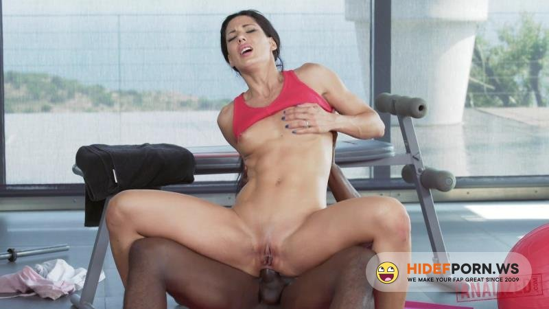 Analized - Alexa Tomas - More Than A Workout [HD 720p]