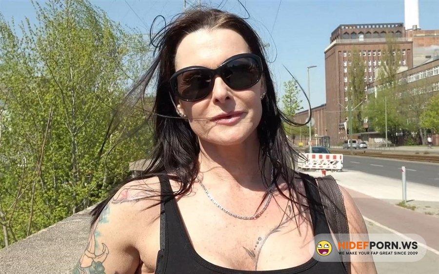 Scout69 - Julia Exclusiv - Talk Milf Julia To Deep Anal At Public Pickup Street Casting [2020/HD]