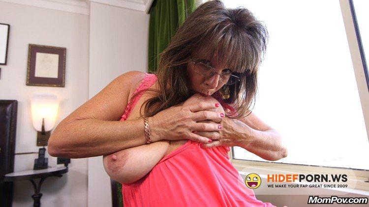 MomPov.com - Carry - Sexy cougar slut prime for porn [FullHD 1080p]