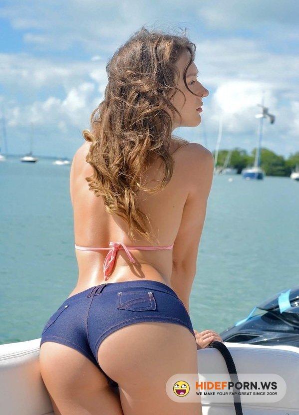 CaptainsTabbin.com/RealityKings.com - Callie Calypso - Deep sea dick [SD 432p]