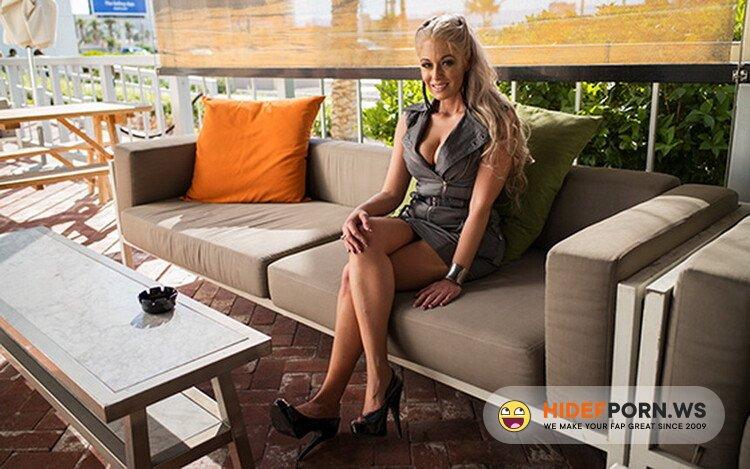 MomPov.com - Gillian - Hot all nature blonde MILF [FullHD 1080p]