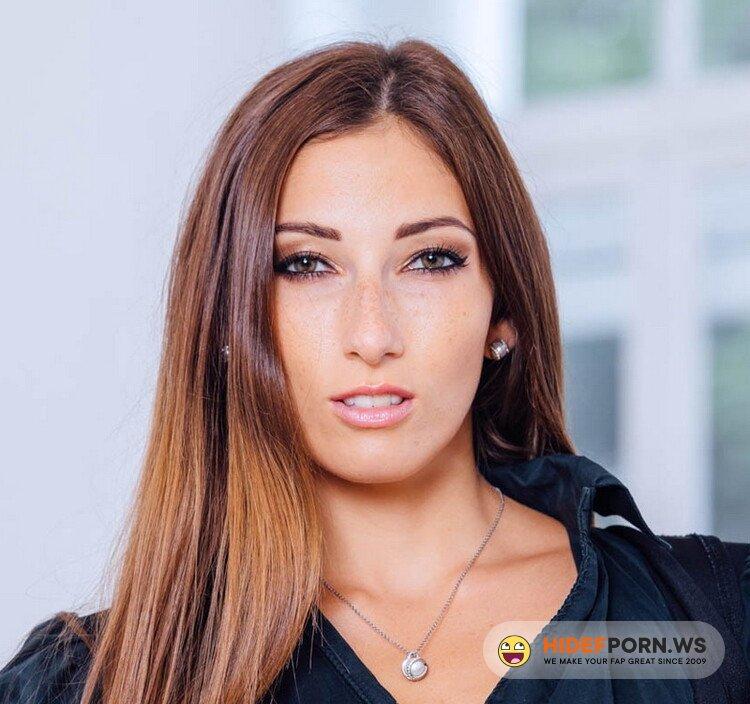 Private.com - Clea Gaultier - Clea Gaultier, top model in interracial anal [HD 720p]