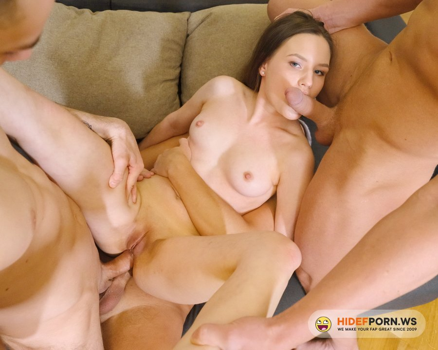 LegalPorno.com - Baby Bamby - First DAP With Teen Baby Bamby! Double Anal, 0 Percent Pussy, Balls Deep Anal, First Time NRX065 [HD 720p]