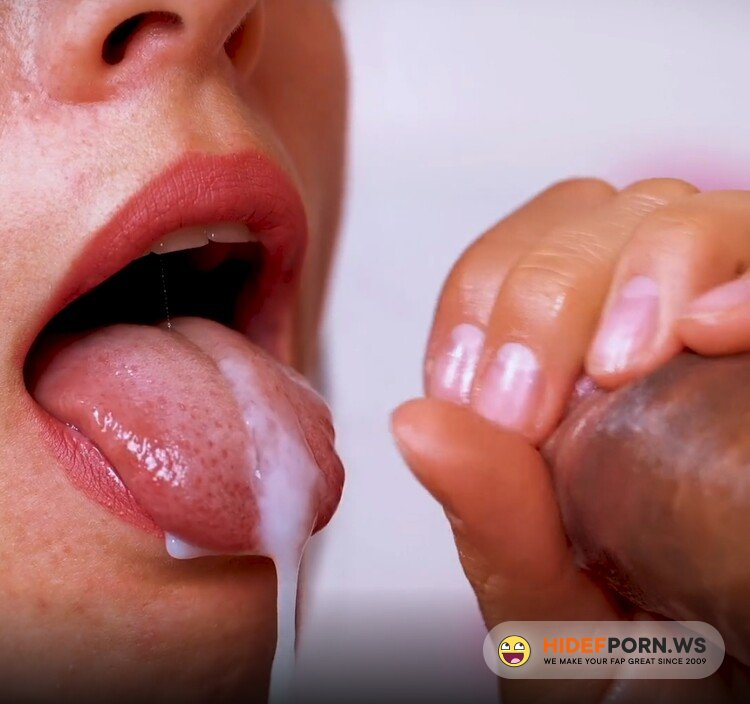 Chaturbate.com - NatalieFlowers - Closeup Teasing Blowjob with Manicured Nails [FullHD 1080p]