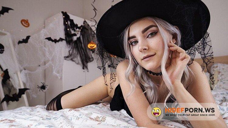 Cam4.com - Eva Elfie - Cute Horny Witch Gets Facial and Swallows Cum - Eva Elfie [FullHD 1080p]