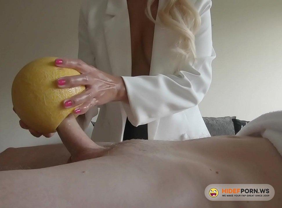 Amateurporn.cc - Amateur - Fuck Melon In Spa [FullHD 1080p]