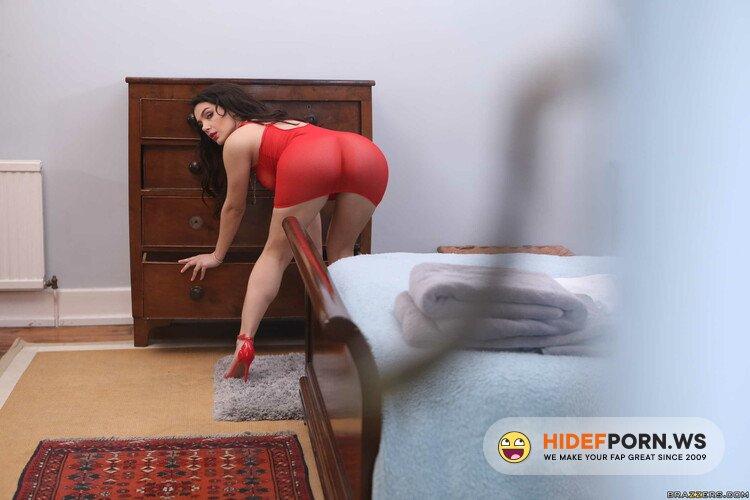 BigButtsLikeItBig/Brazzers - Valentina Nappi - Covet Thy Neighbor's Ass [HD 720p]