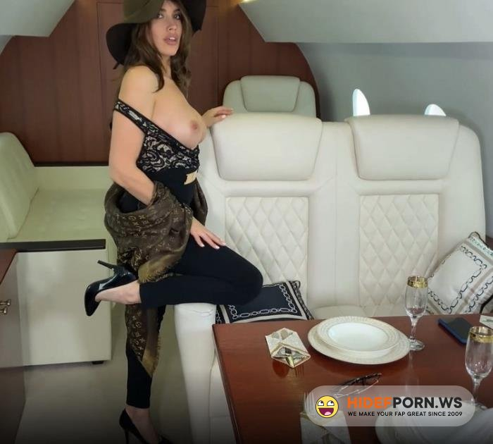 Amateurporn.cc - Luxury Girl - Fucked In A Private Plane [FullHD 1080p]