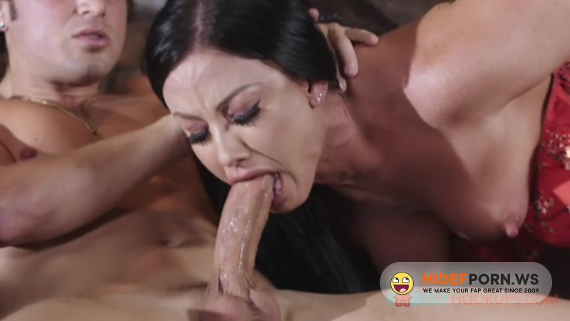 FamilyHookups - Jennifer White - Jennifer White gets some (help) from her stepson while her husband is stuck in China [SD 480p]