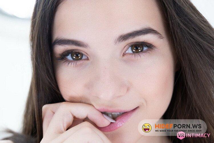 VRIntimacy.com - Hayli Sanders - Raven Haired Beauty [UltraHD/4K 2700p]