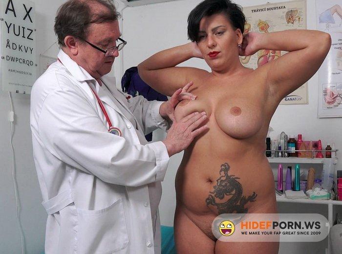 MatureGynoExam.com - Aisha Bahadur - Speculum examination and machine orgasm of horny busty MILF [FullHD 1080p]