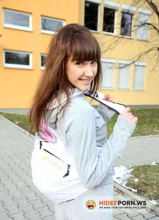 Amateurporn.cc - Elly Justin - Fuck Shy Schoolgirl [HD 720p]