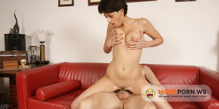 Mature.nl/Mature.eu - Coco De Mal (19) - Sexy Woman Having Sex With An Older Men [HD 720p]