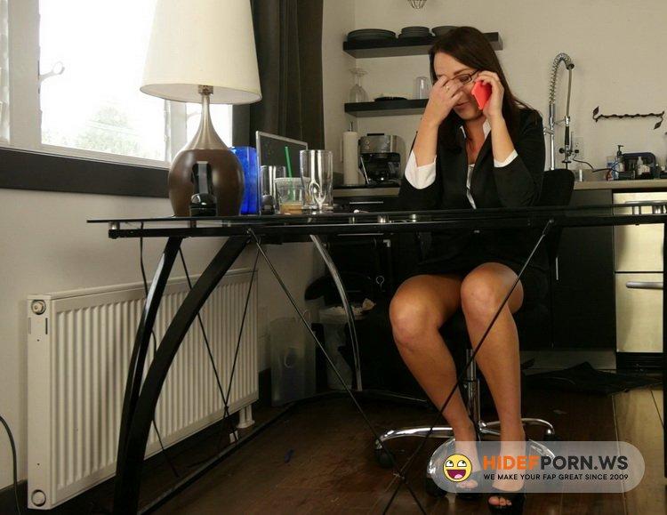 RodneyMoore.com - Alisha Adams - Step Dad's Restroom Goo [FullHD 1080p]