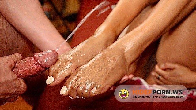 SwirlLife69 - SwirlLife69 - Best Ebony Footjob I Covered Her Pretty Feet in Cum [FullHD 1080p]