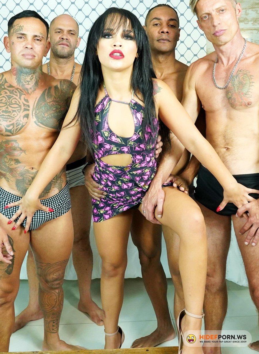 AnalVids.com, LegalPorno.com - Carolina Carioca - Brazilian Gangbang Goes Wet, Carolina Carioca 5 On 1 Balls Deep Anal, DP, DAP, Pee Drink And Swallow GL400 [UltraHD 4K]