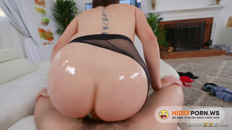 DayWithAPornstar - Keira Croft - Keira's Oily Pantyhose Anal [FullHD 1080p]