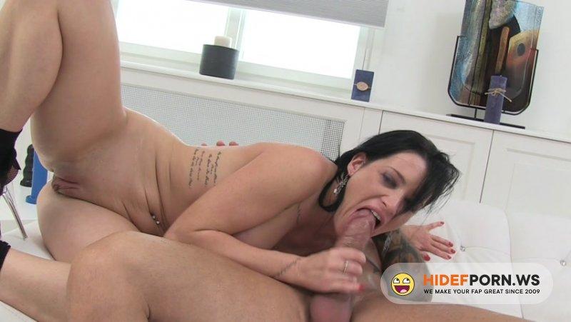 LegalPorno - Lana Fever - Lana Fever pissMyAssOff Porno SZ219 [HD 720p]