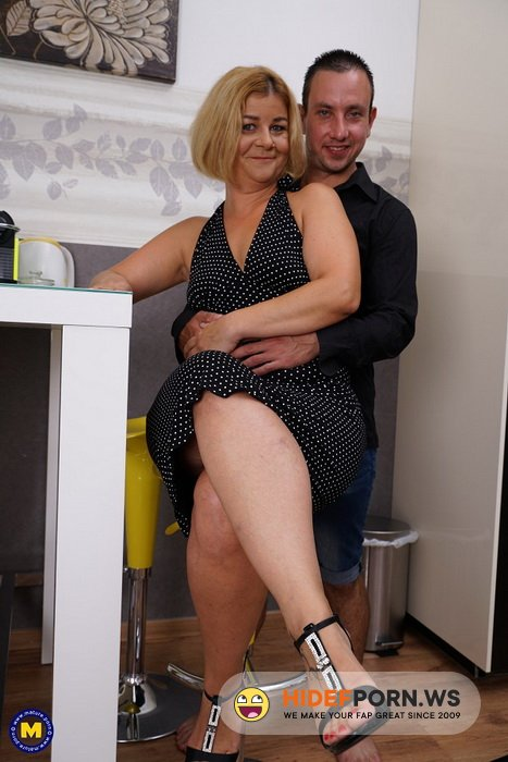 Mature.nl/Mature.eu - Aranka V. (45) - Keep your eyes open for this naughty housewife, who loves having hardcore sex with her lover! [FullHD 1080p]