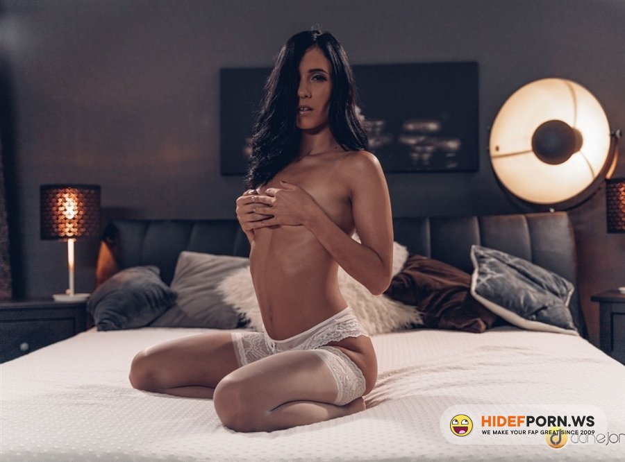 DaneJones - Nikki Fox - Sweet Love Making In White Lingerie - Sweet Love Making In White Lingerie [2021/FullHD]