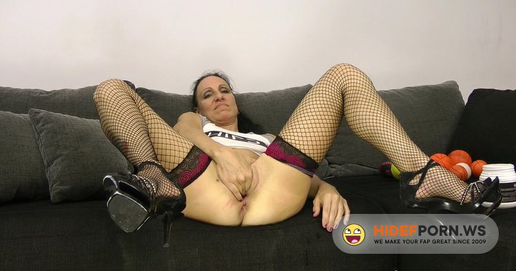AlexExtreme - Sasha - Sexy Sasha anal prolapse pussy full of balls and AlexThorn fist in ass [FullHD 1080p]